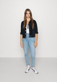 Levi's® - ORIGINAL TRUCKER - Summer jacket - lush indigo - 1