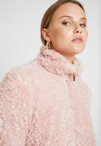 Dorothy Perkins - SHORT TEDDY COAT - Winter jacket - blush - 3