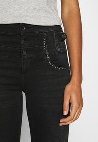 Liu Jo Jeans - RAMPY - Jeans slim fit - black denim - 6