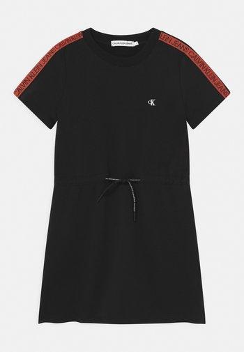 LOGO TAPE - Denní šaty - black