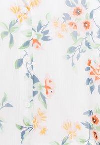 Vero Moda Tall - VMKAY ANKLE SHIRT DRESS - Maxi dress - snow white/flora - 2