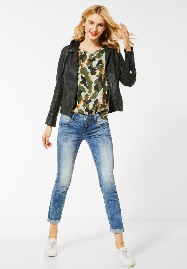 MIT KAPUZE - Faux leather jacket - grün