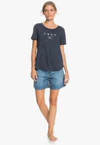 Roxy - OCEANHOLIC  - Print T-shirt - mood indigo - 1