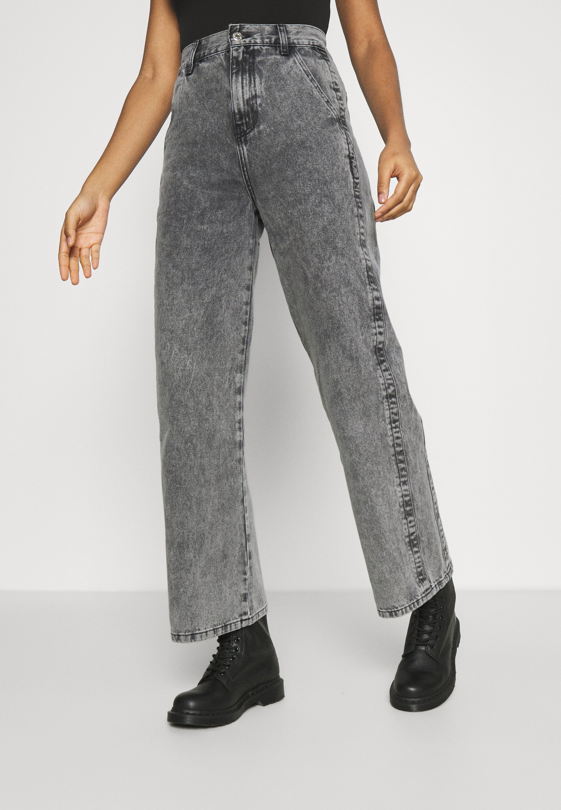 Women SLIM WIDE LEG BURT - Relaxed fit jeans