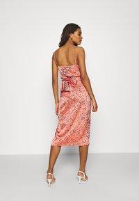 Never Fully Dressed - MULTI USE LEO JASPRE SKIRT - Pencil skirt - orange - 2