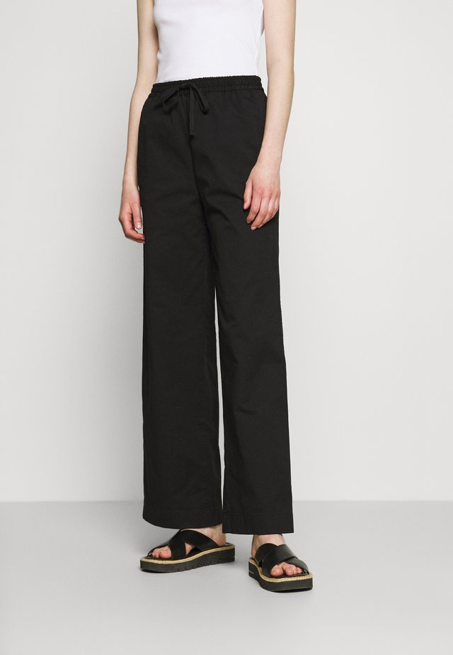 GILLIAN TROUSER - Pantalones - black