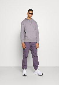 Edwin - MONDOKORO HOODIE UNISEX - Sweatshirt - grey - 1