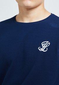 Illusive London Juniors - ILLUSIVE LONDON CORE - Long sleeved top - navy - 2