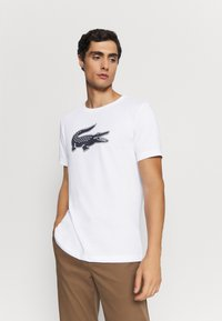 Lacoste Sport - BIG LOGO - Print T-shirt - white/navy blue - 0