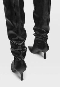 Stradivarius - Boots - Black - 4