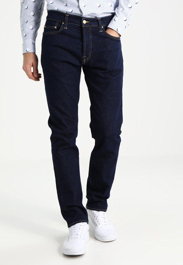 KLONDIKE MILLS - Jeans a sigaretta - blue rinsed