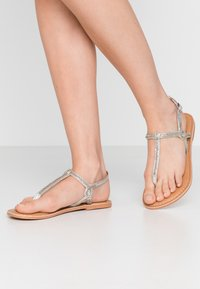 New Look Wide Fit - WIDE FIT GLITZ - T-bar sandals - silver - 0