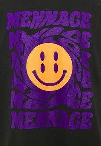 Mennace - UNISEX MENNACE TWISTED  - Print T-shirt - black - 5