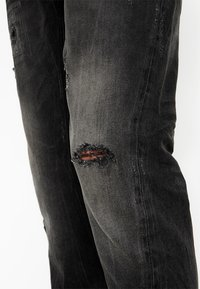 Tigha - BILLY THE KID PATCHED - Jeans slim fit - dark grey - 4