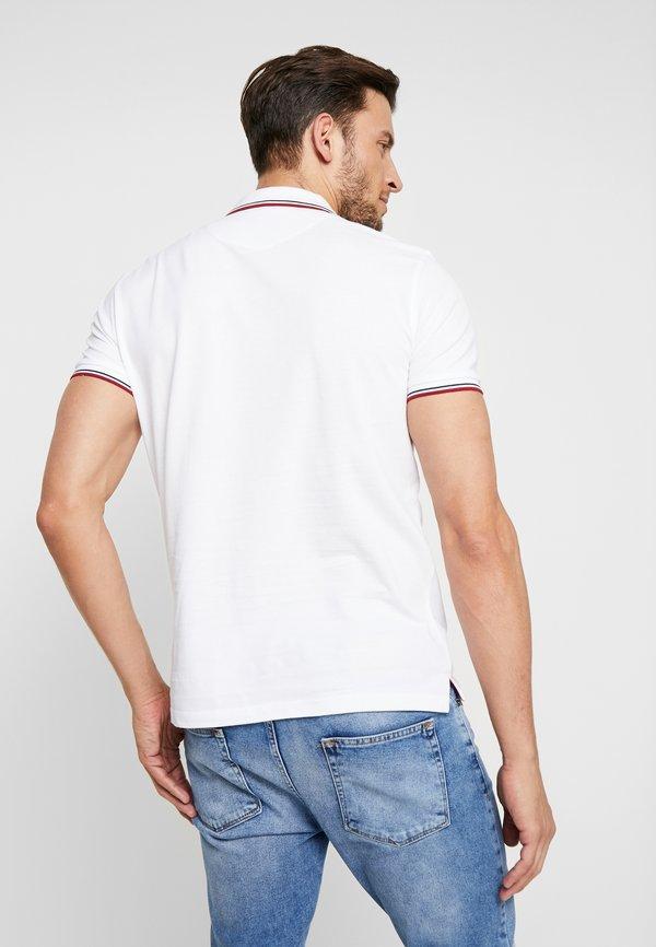 Pier One Koszulka polo - white/biały Odzież Męska TLUB