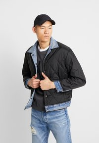 Levi's® - RVS PADDED TRUCKER - Giacca di jeans - surprise - 3