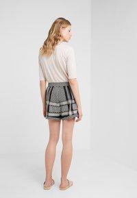 CECILIE copenhagen - Shorts - black/stone - 2