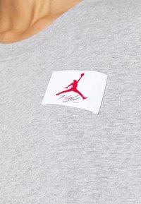 Jordan - ESSENTIAL BOXY TEE - Long sleeved top - dark grey heather - 4