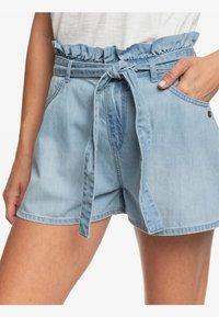 Roxy - SALENTO PLAYA - Denim shorts - light blue - 4
