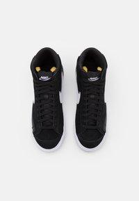 Nike Sportswear - BLAZER MID - High-top trainers - black/white - 5