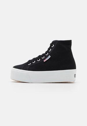 2705  - Vysoké tenisky - black/white