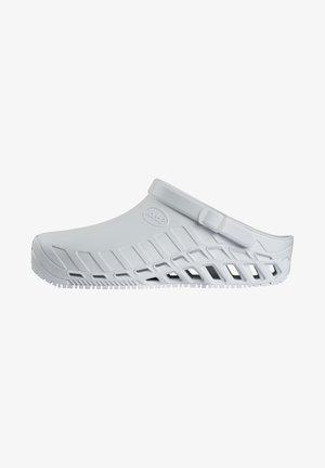 PROFESSIONAL LINE CLOG EVO - Slippers - white