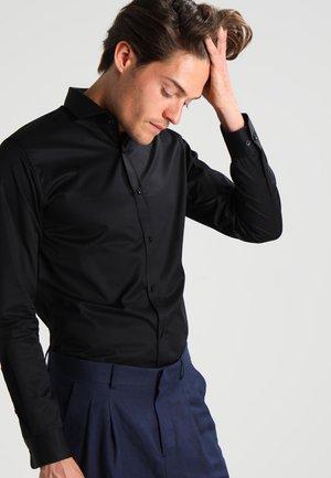 JJPRANDREW SLIM FIT - Skjorte - black