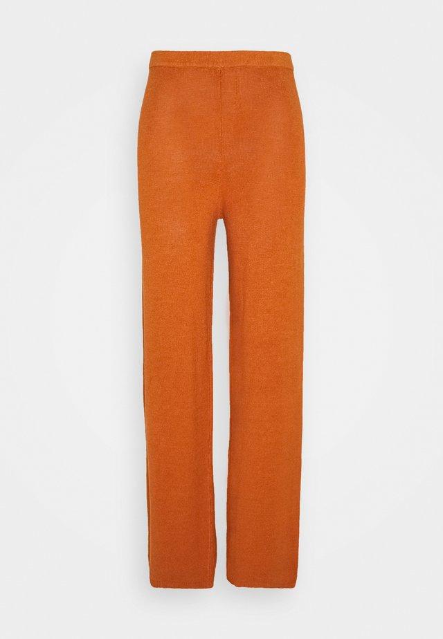 SHAUNA PANT - Pantalon classique - spice