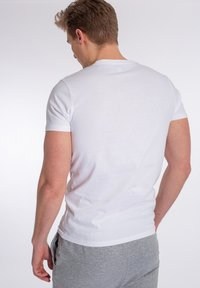 U.S. Polo Assn. - ARJUN - T-shirt - bas - white - 1