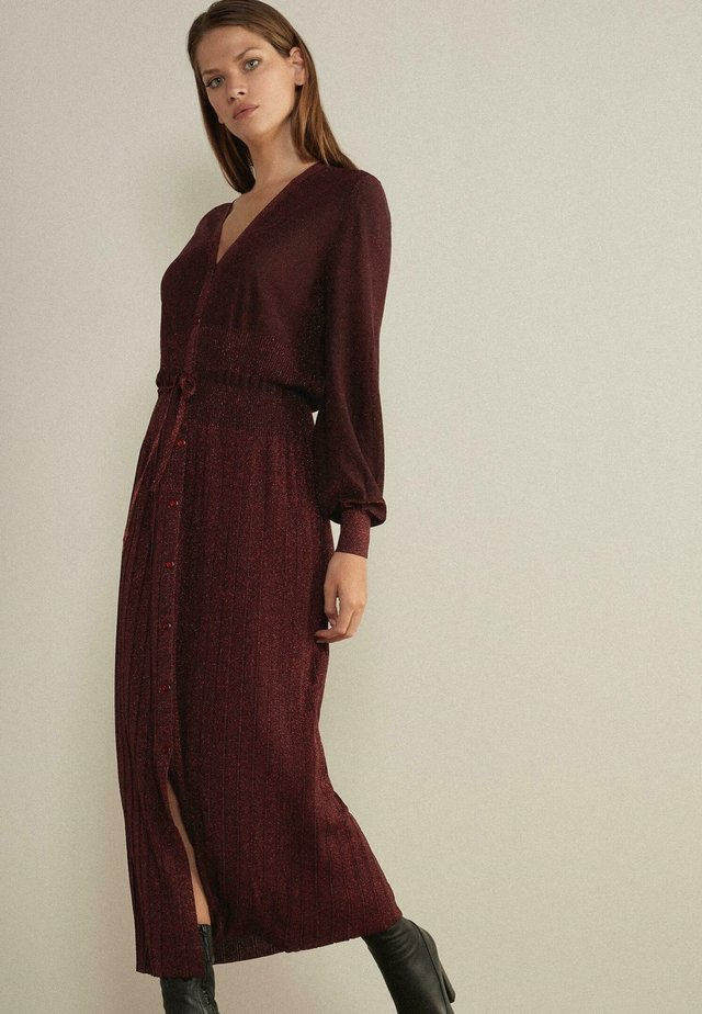 AMY - Maxiklänning - rouge