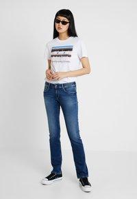 Pepe Jeans - HOLLY - Džíny Straight Fit - stone blue denim - 1