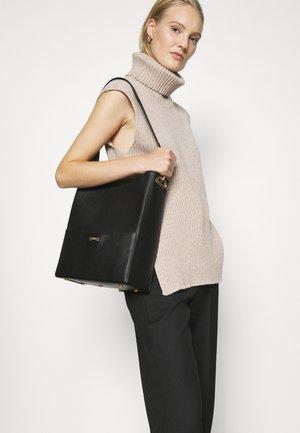 BUCKET - Handbag - black