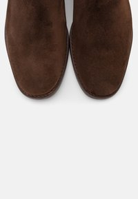 GANT - FAYY CHELSEA - Classic ankle boots - dark brown - 5