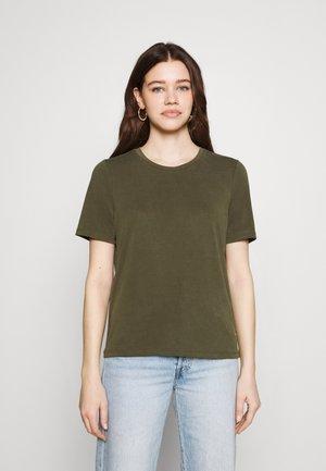 JANNIE  - T-shirts - forest night