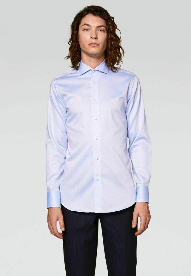 SLIM FIT - Camicia - azzurro