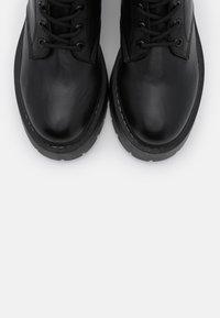 Gioseppo - YELABUGA - Kotníkové boty na platformě - black - 5
