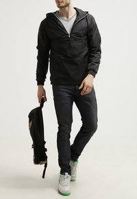 Urban Classics - Summer jacket - black - 0
