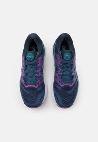 ASICS - GEL NIMBUS 23 - Chaussures de running neutres - grand shark/digital aqua - 3