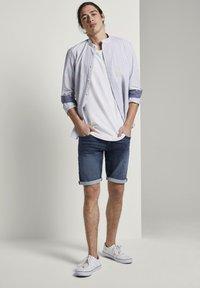 TOM TAILOR DENIM - Denim shorts - blue denim - 1