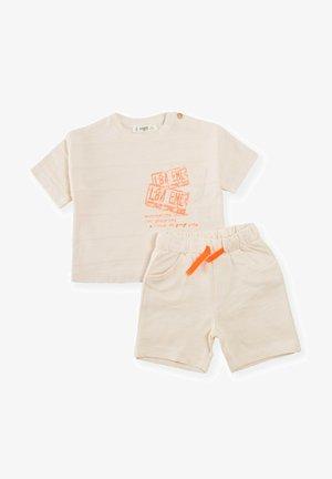 SET OF 2 - Shorts - beige