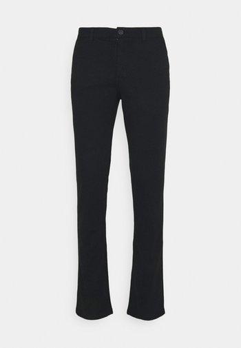 SLHSLIM CHESTER FLEX PANTS - Pantalones chinos - black