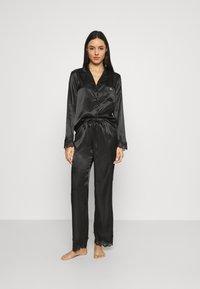 Boux Avenue - DARCIE REVERE PANT SET - Pyjamas - black - 1