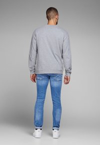 Jack & Jones - TIM ORIGINAL  - Slim fit jeans - blue denim - 2