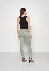Mavi - ADRIANA - Jeans Skinny Fit - seagrass - 2