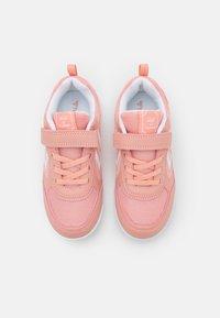 Hummel - AEROTEAM 2.0 JR VC UNISEX - Sports shoes - dusty pink - 3