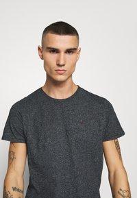 Tommy Jeans - ESSENTIAL JASPE TEE - T-shirt basic - black - 3