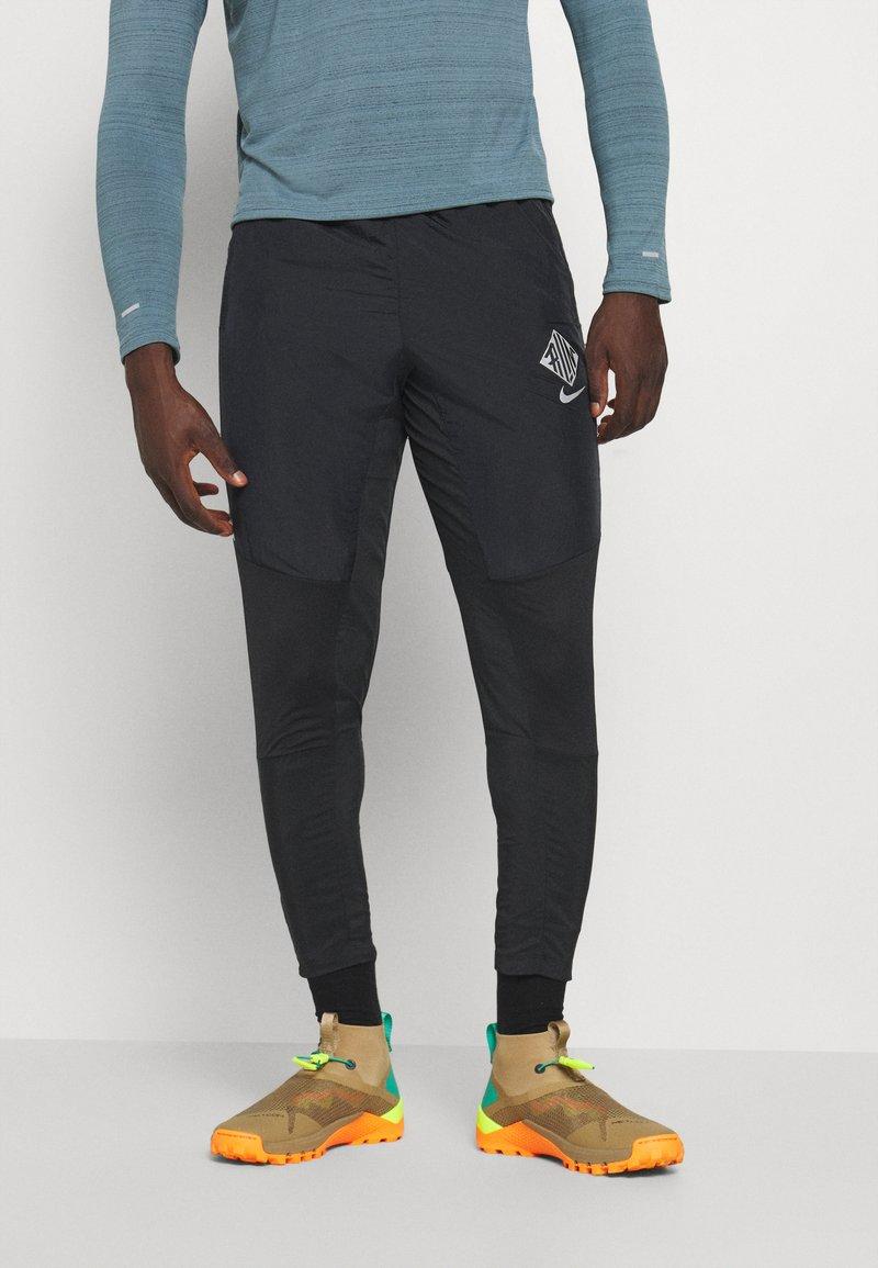 Nike Performance - ELITE PANT - Tracksuit bottoms - black/reflective silver