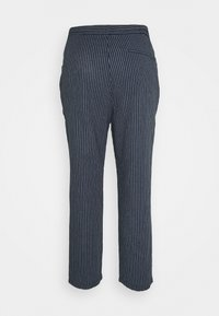 Only & Sons - ONSLINUS LIFE CROP TAP PANT - Tygbyxor - blues - 1