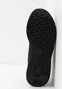 New Balance - MRL247 - Sneakers laag - black - 4