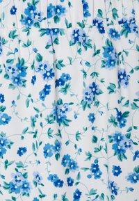 Pieces Petite - PCPIPA MIDI SKIRT - A-line skirt - bright white/blue - 2